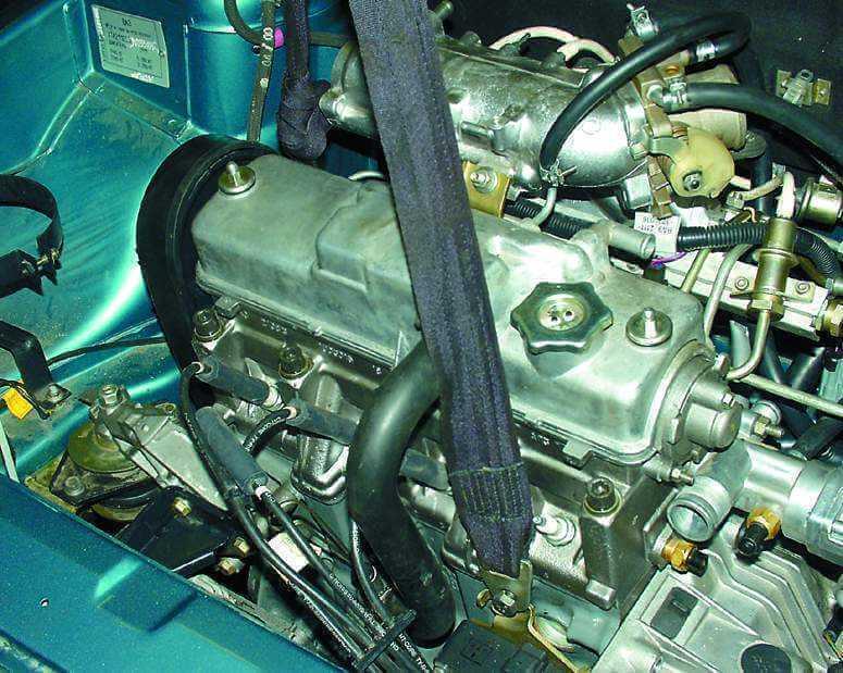 Снятие и установка двигателя 2110