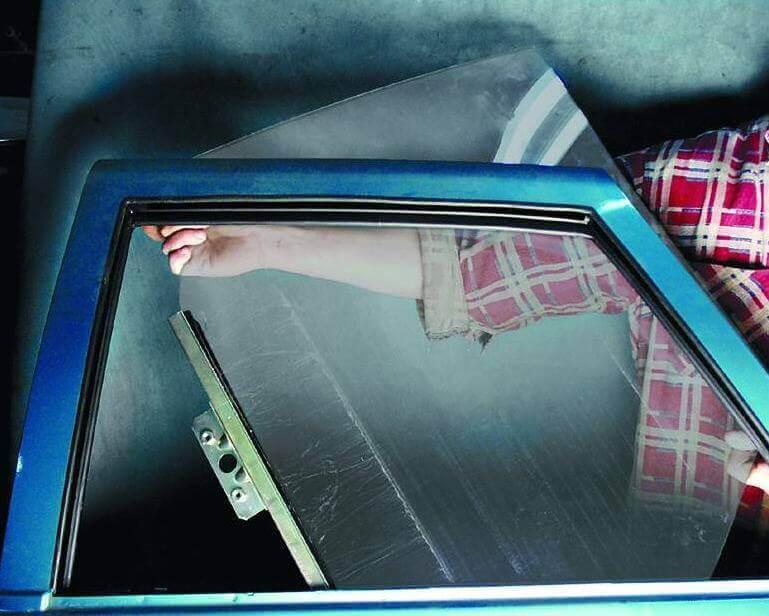 Замена стекла на ВАЗ-2110, 21102, 2112
