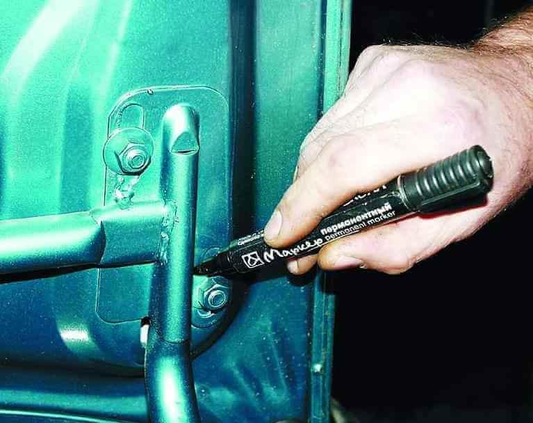 Снятие и установка крышки багажника ВАЗ 2110, 21102